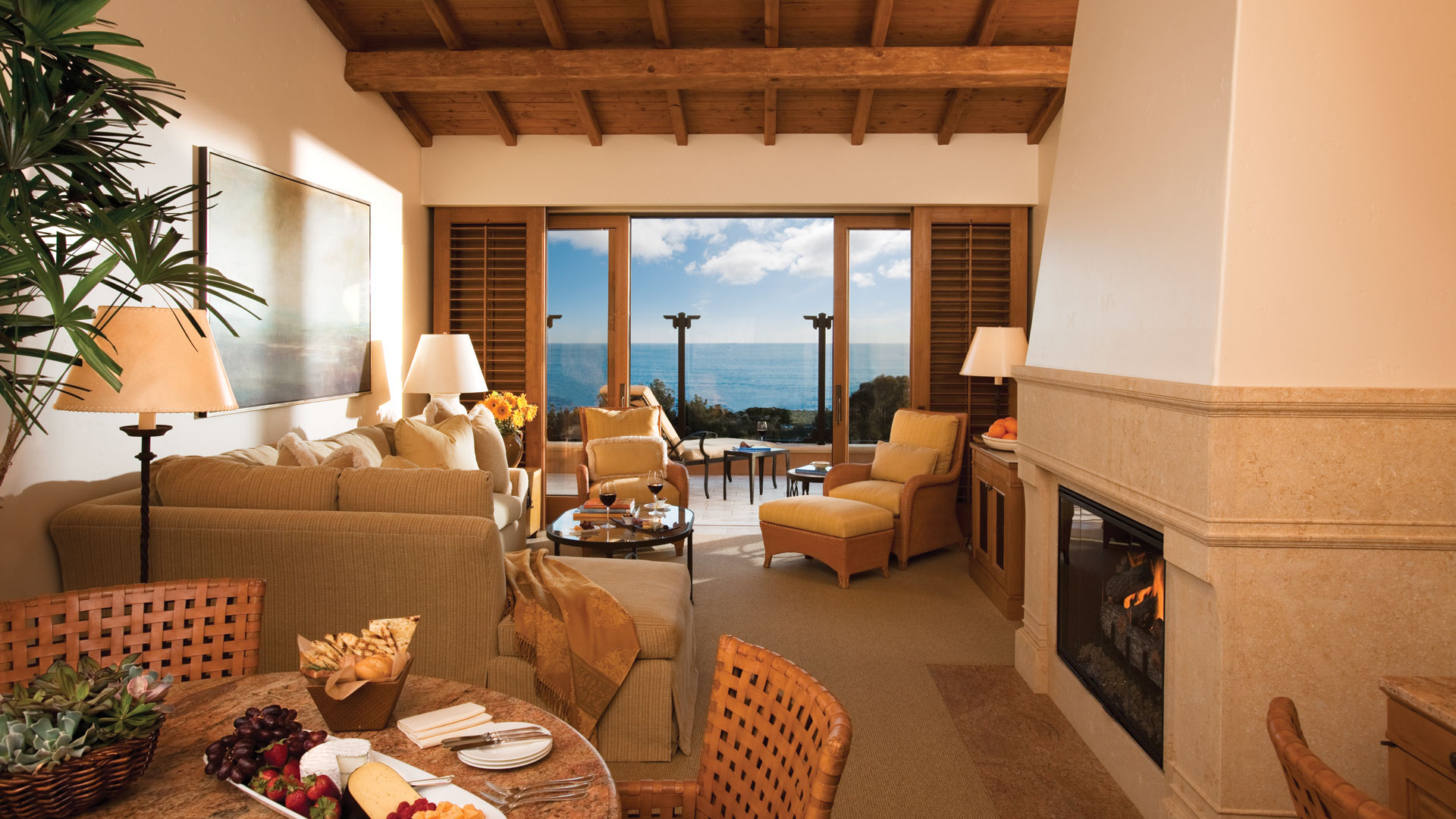 Wonderful Sea Views From This Three Bedroom Bungalow: The Resort At Pelican Hill Ocean View Suite In Newport
